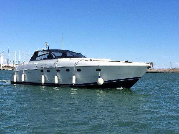 Ferretti Yachts Altura 47