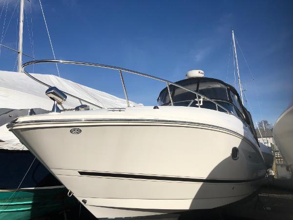 Sea Ray 280 Sundancer Port Bow