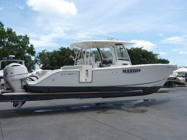 Cobia Boats 344 Center Console Exterior