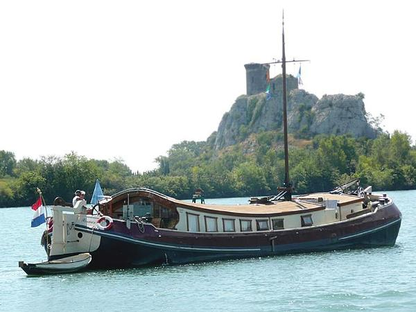 Motor Yacht Tjalk