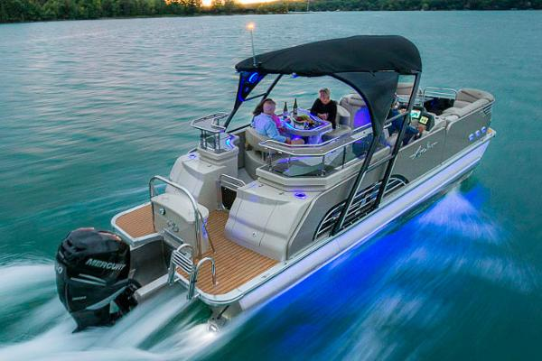 Avalon Ambassador Entertainer - 27'