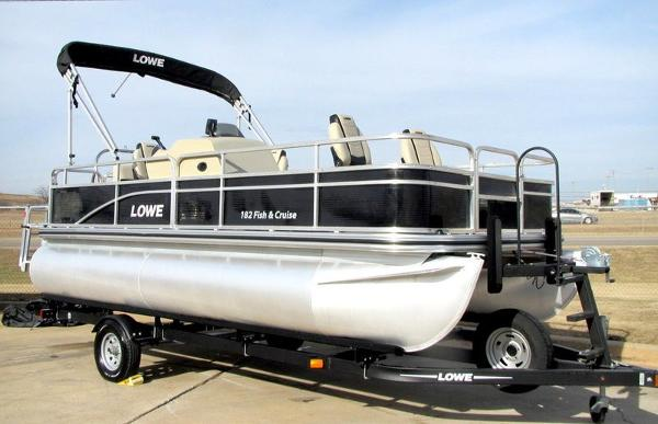 Lowe Ultra 182 Fish & Cruise