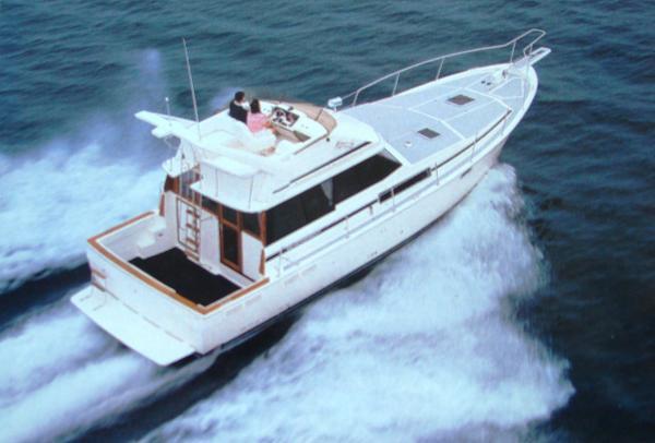 Bayliner 3818 Motoryacht Sistership
