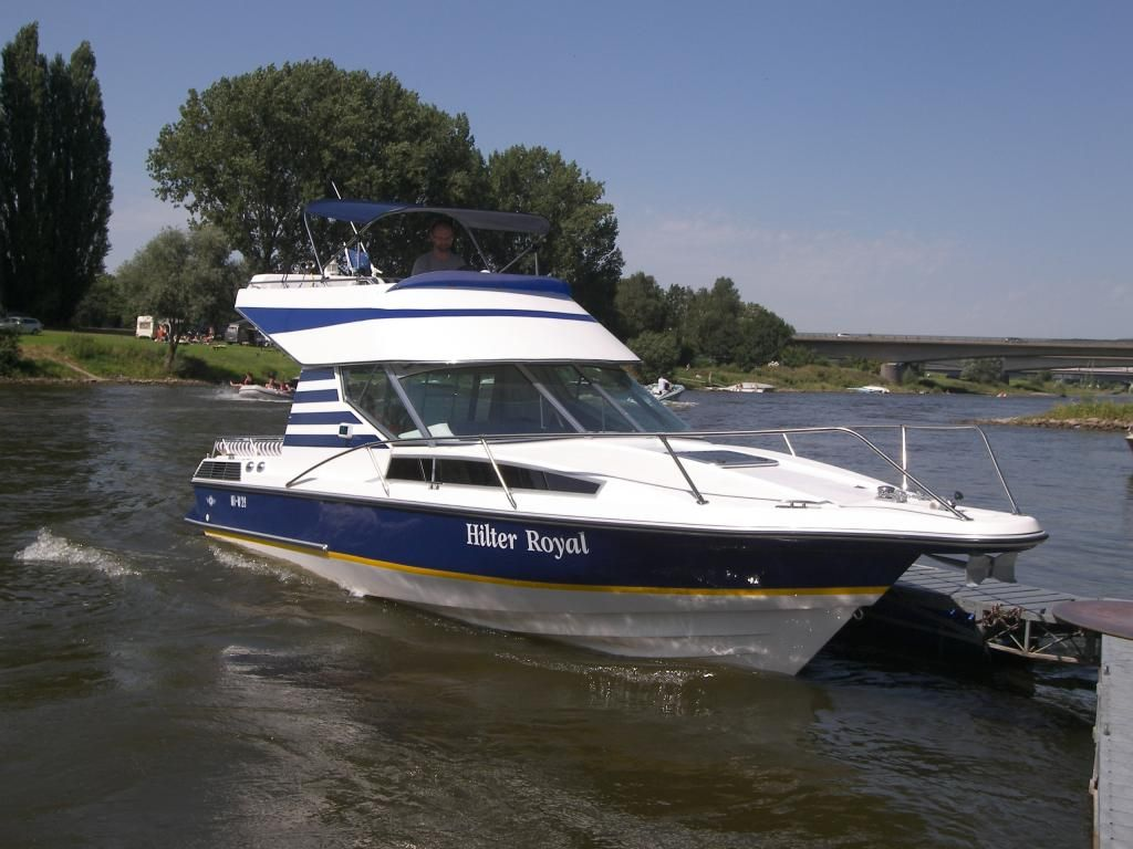 Hilter Royal Flybridge 840