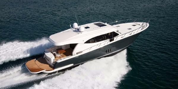 Maritimo S62 Starboard Running Shot