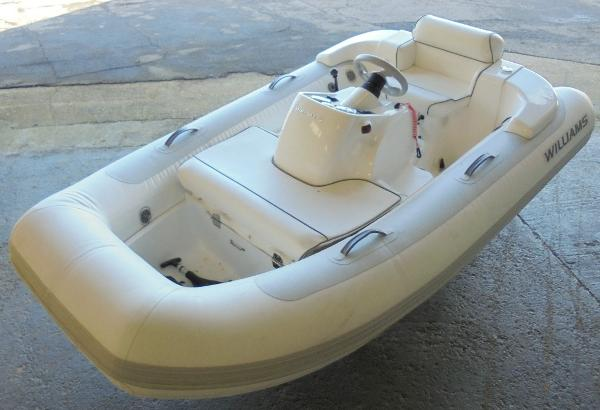 Williams Jet Tenders Turbojet 285 Williams Jet Tenders Turbojet 285 - Overall 1