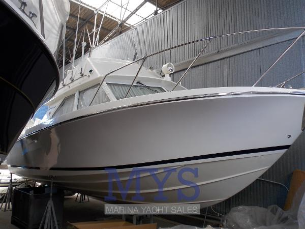 Bertram 28 Flybridge CRUISER BERTRAM 28 (5)
