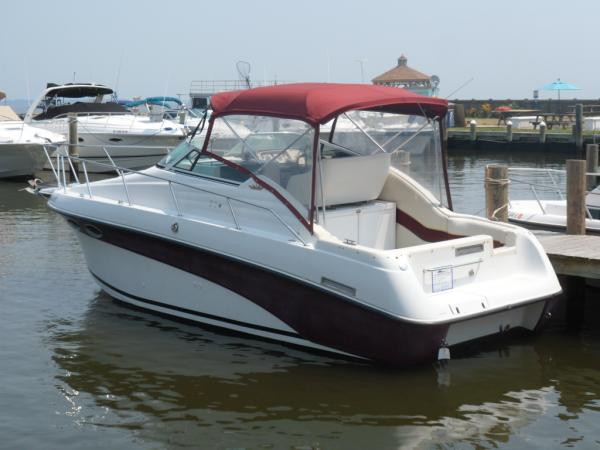 Crownline 250 CR Port Aft