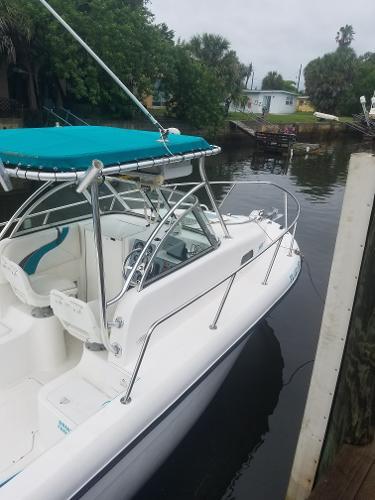 Sea Chaser 2400 WA