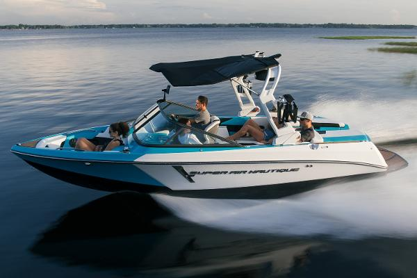 Nautique Super Air Nautique 210 Manufacturer Provided Image