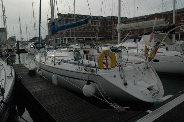 Bavaria Yachts USA 37