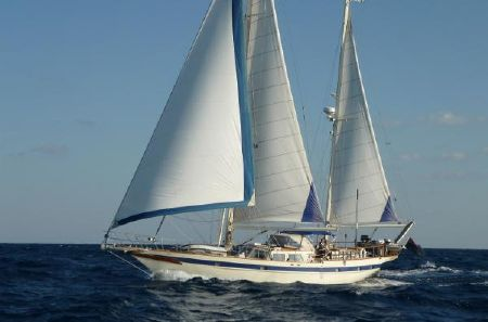 Amel 64 A Bluewater Cruiser With Choices Choices Choices Boatscom