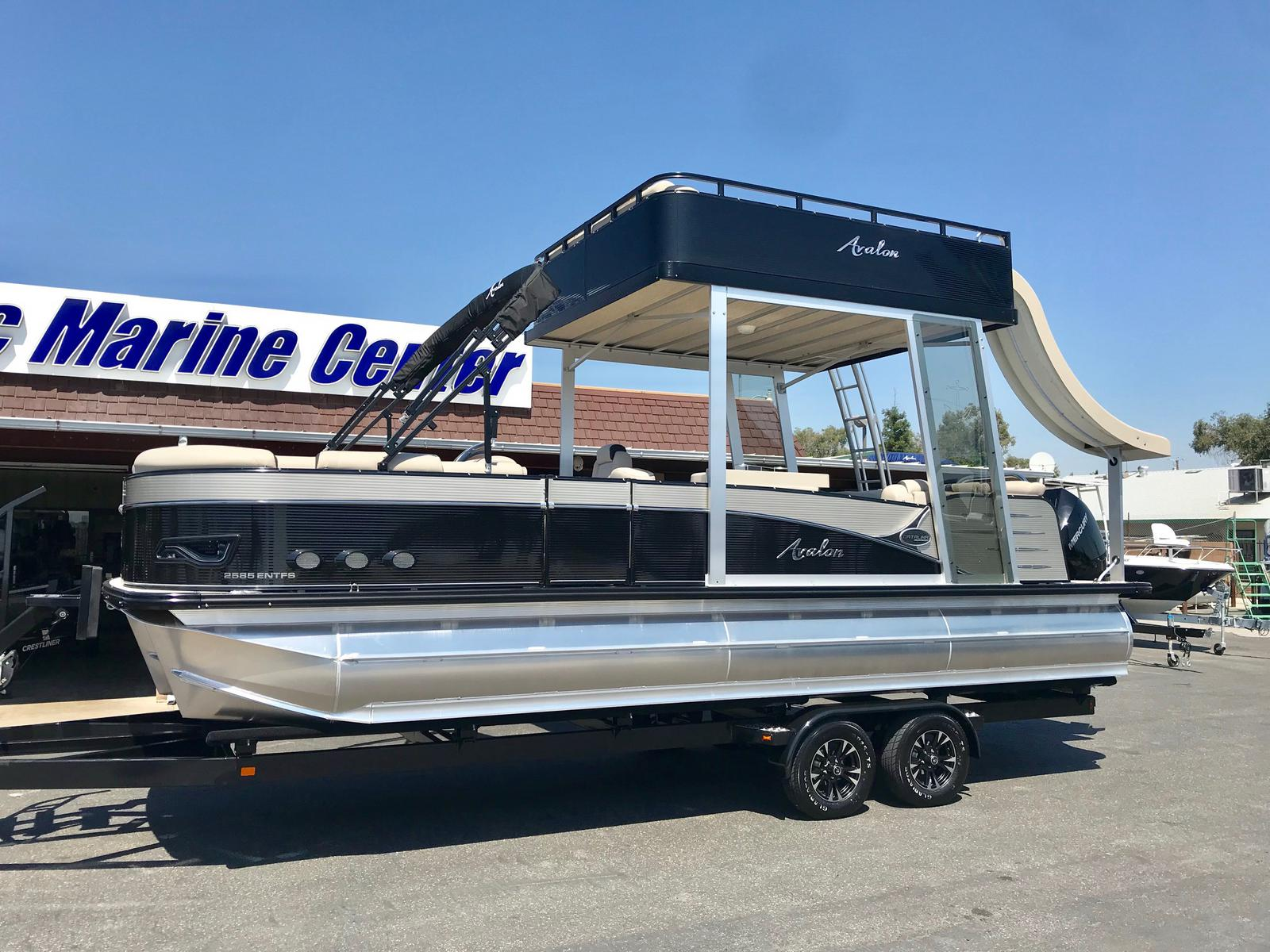Avalon Catalina Platinum Entertainer Funship 25'