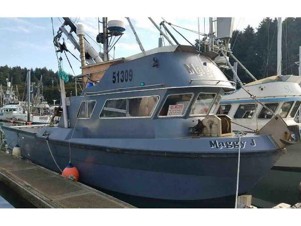 Commercial Seiner, Skiff and Net