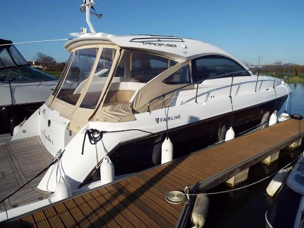 Fairline Targa 38 Open Fairline Targa 38 - Stbd View