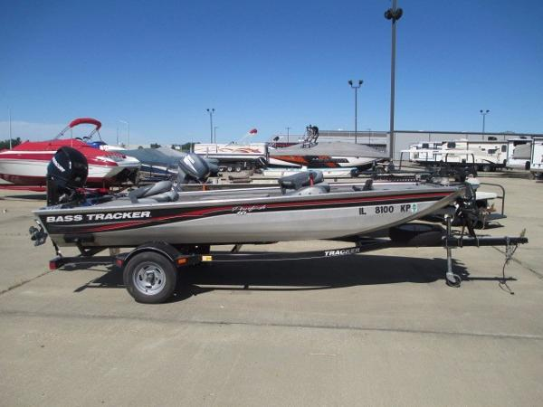 Tracker panfish 16 aluminum fish boats for sale for Tracker fishing boats