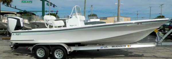Blackjack 224 CC w 300hp E-TEC G2 or Yamaha F300