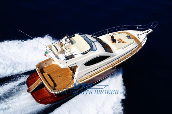 Portofino 37 FLY catalogue image