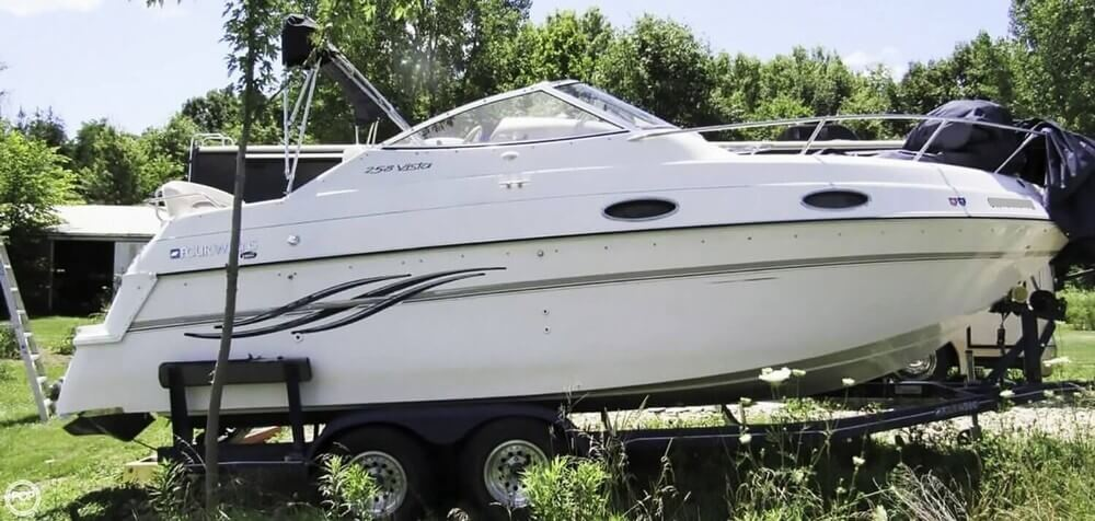 Four Winns 258 Vista 1997 Four Winns 258 Vista for sale in Ostrander, OH