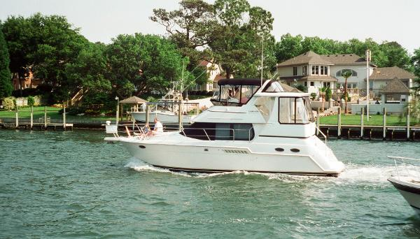 Carver 356 Aft Cabin Motor Yacht 2000 CARVER 356 MY RUNNING PROFILE