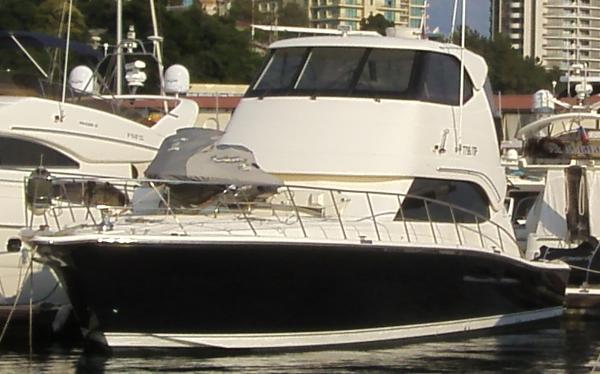 Riviera 51 Flybridge Enclosed