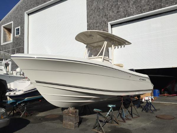 Cobia Boats 237 Center Console