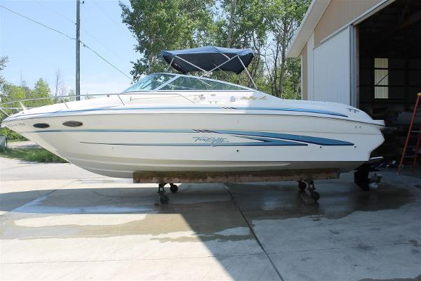 Sea Ray 280 Sun Sport Port Side