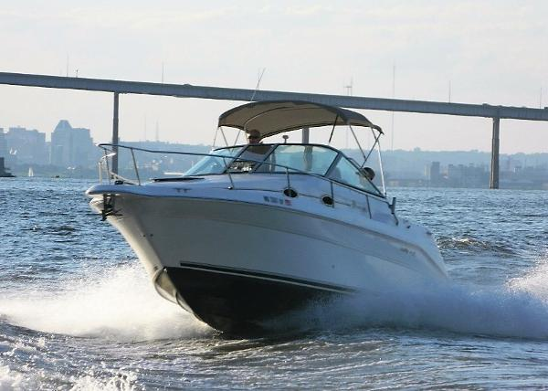 Sea Ray 270 Sundancer Special Edition Profile