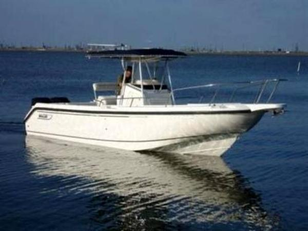 Boston Whaler 26 outrage open