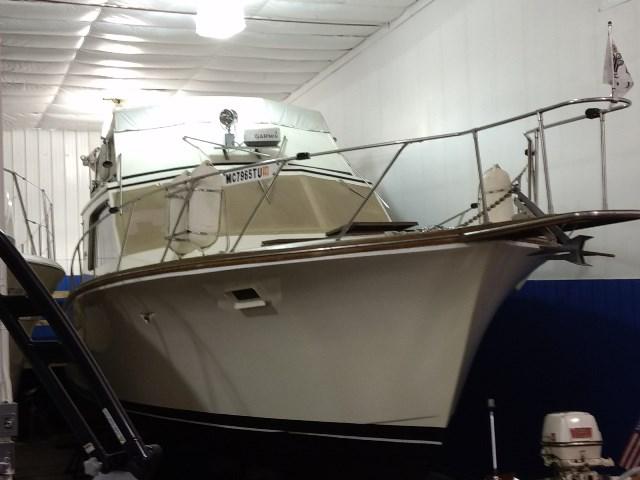 Egg Harbor 38 Sedan