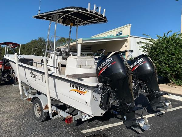 Twin Vee 20 Outrageous