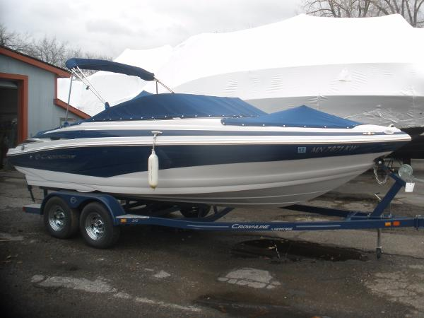 Crownline 215 SS On the trailer