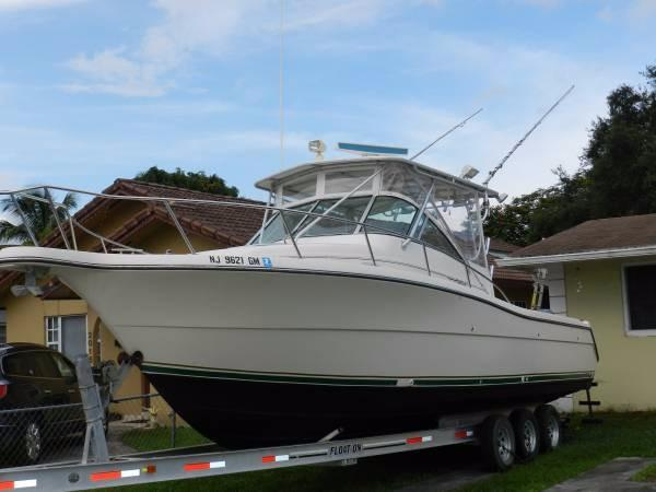 Pursuit 3070 Offshore 2000 Pursuit 3070 Offshore 33'