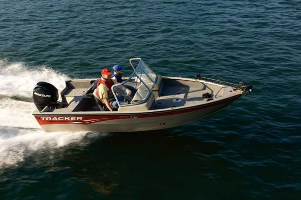 Tracker Pro Guide V-16 WT Sister Ship: