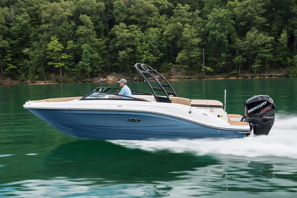 Sea Ray 23SPX-OB Manufacturer Provided Image