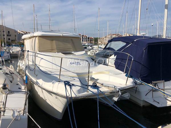 Adventure Craft AVENTURE 860 catamaran aventure power 860