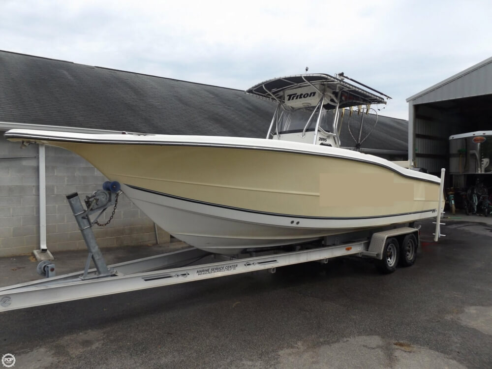 Triton 2895 Center Console 2004 Triton 2895 for sale in Bishopville, SC
