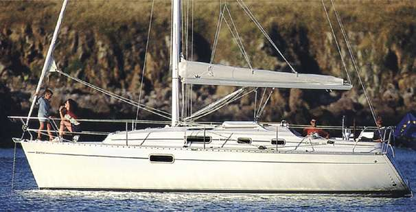 Beneteau Oceanis 321 Manufacturer Provided Image: Photo: G.M. Raget / G. Beauvais.
