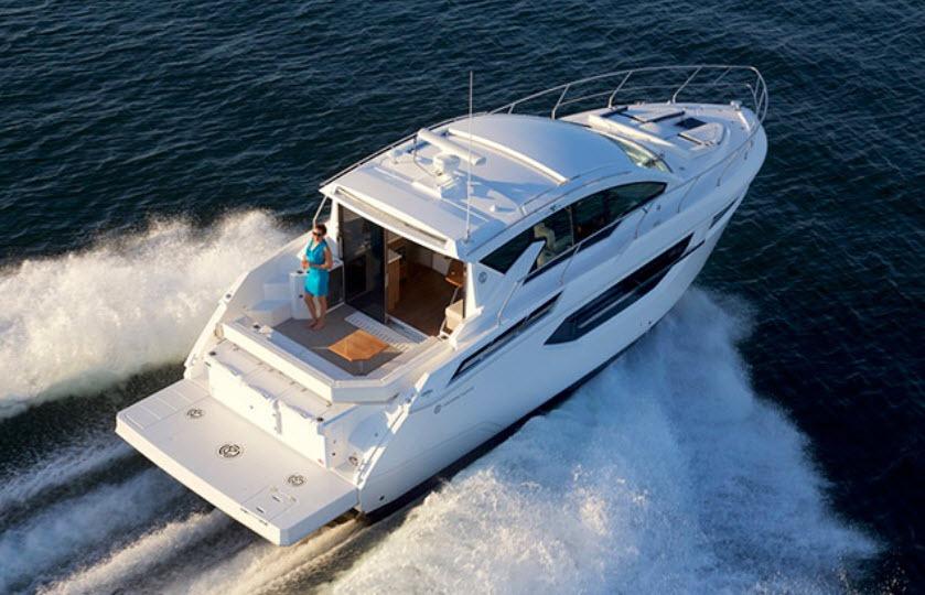 Cruisers Yachts Cantius 42