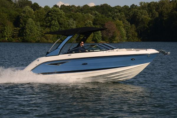 Sea Ray 250 SLX Manufacturer Provided Image
