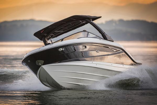 Sea Ray SLX 280 Manufacturer Provided Image