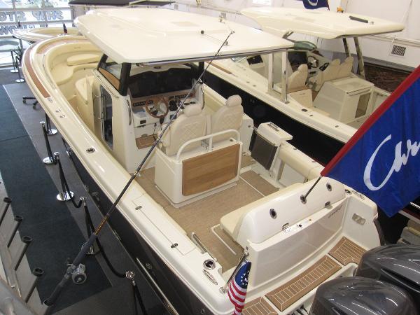 Chris-Craft Catalina 30 Pilothouse