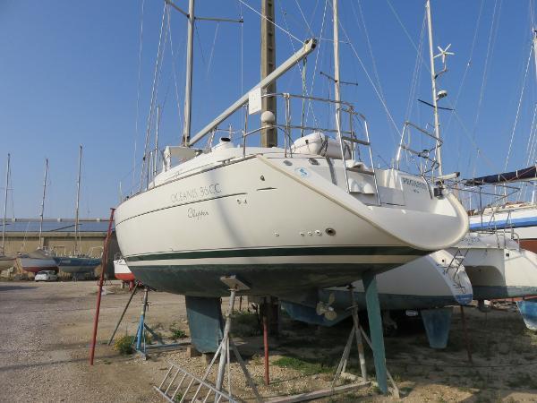 Beneteau Oceanis 36 CC Oceanis 36 CC Navy Service