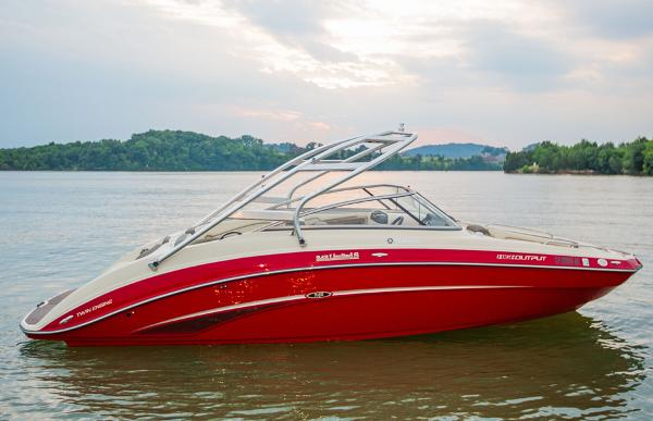 Yamaha Boats 242 Limited S Manufacturer Provided Image