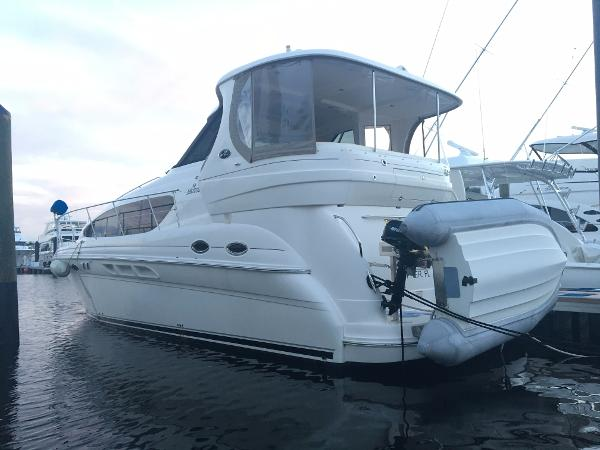 Sea Ray 40 Motor Yacht Vessel
