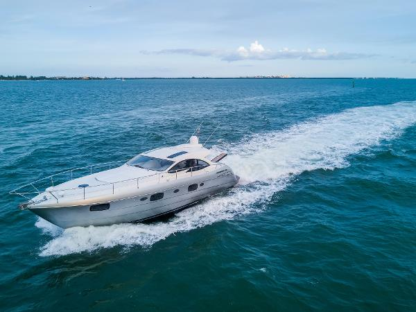 Pershing 50 50' Pershing 2013 - Profile