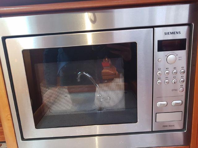 Bavaria 34 microwave oven