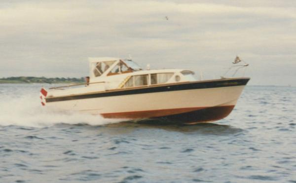 Chris-Craft 28 Constellation