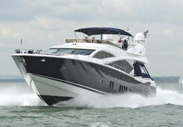 Sunseeker 82 Yacht SUNSEEKER 82 2005