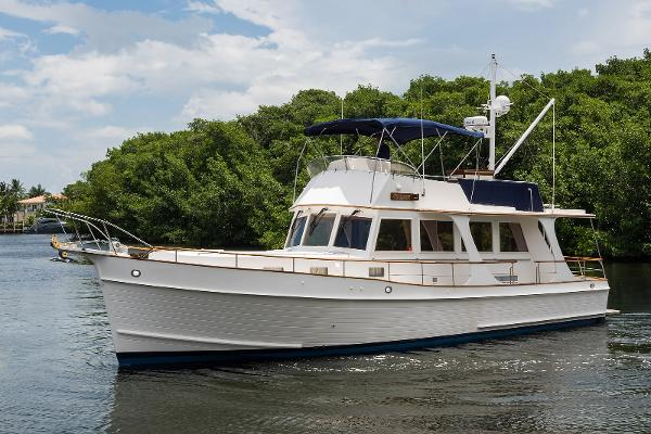 Grand Banks 46 Europa Port Profile